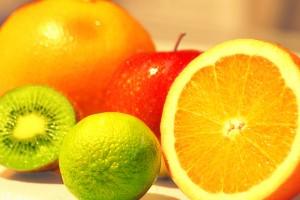6 sultingi vaisiai kuriuos verta valgyti per šventes